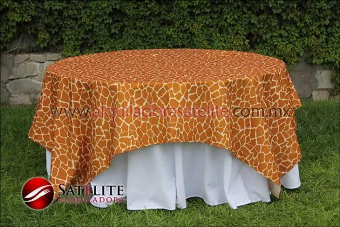 Cubremantel jirafa