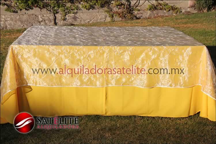 Mantel cuadrado amarillo organza alistonado