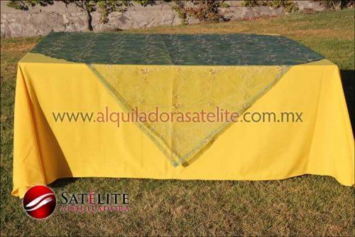 Mantel cuadrado amarillo organza verde 2