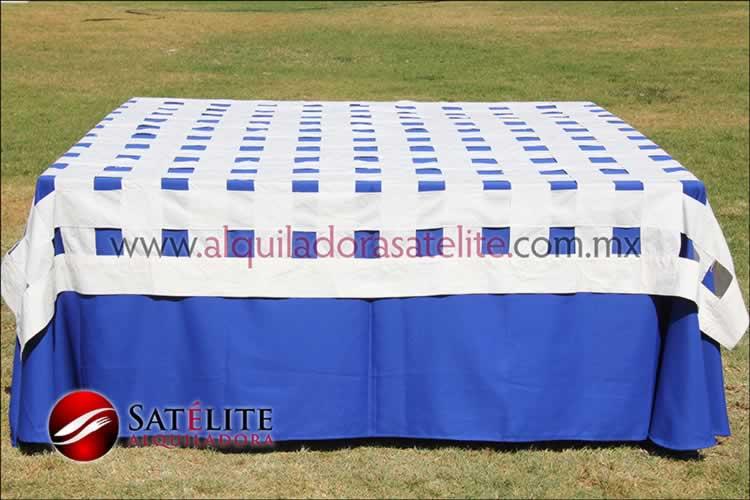 Mantel cuadrado azul rey entrelazado manta