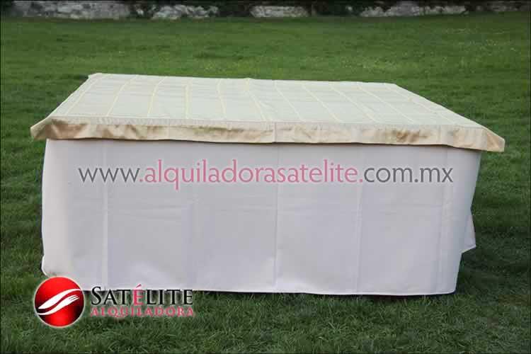 Mantel cuadrado rosa claro organza verde oro 1