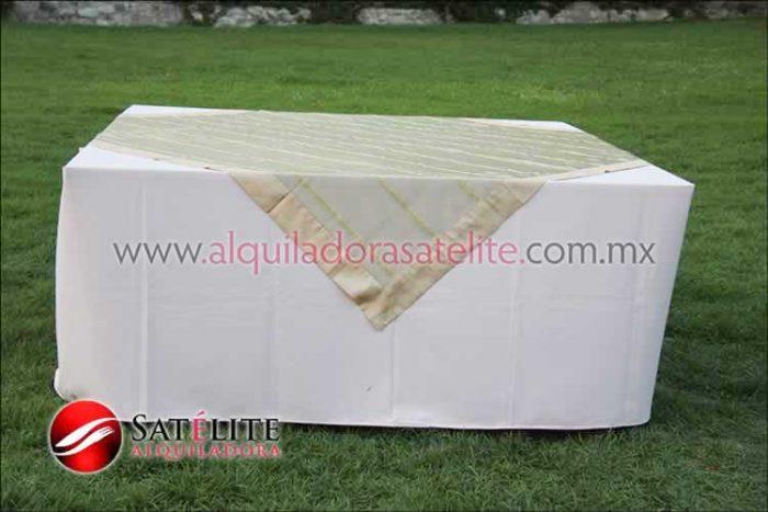 Mantel cuadrado rosa claro organza verde oro 2