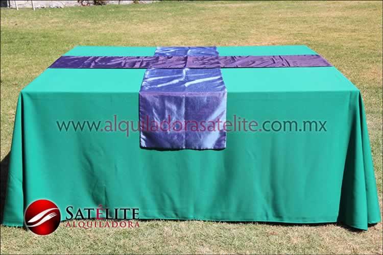 Mantel cuadrado verde bandera camino morado