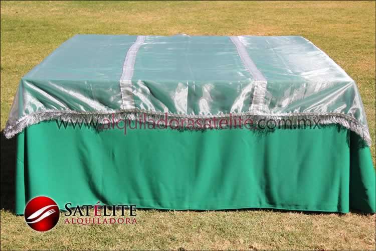 Mantel cuadrado verde bandera organza plata