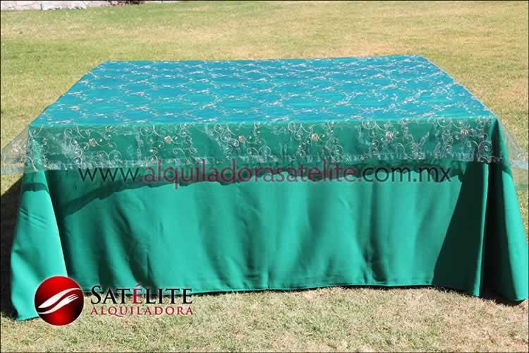 Mantel cuadrado verde bandera organza verde 1