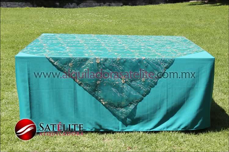 Mantel cuadrado verde jade organza verde 2