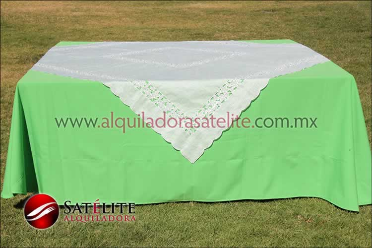 Mantel cuadrado verde limón organza marfil 2