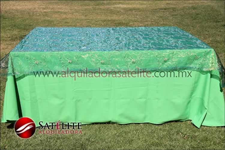 Mantel cuadrado verde limón organza verde 1