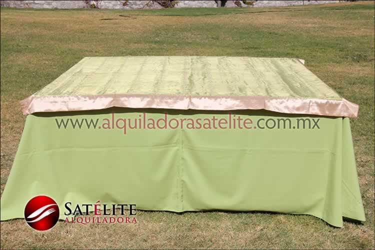 Mantel cuadrado verde manzana organza verde oro 1