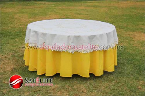 Mantel redondo amarillo brujas 2