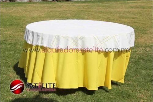 Mantel redondo amarillo deshilado blanco