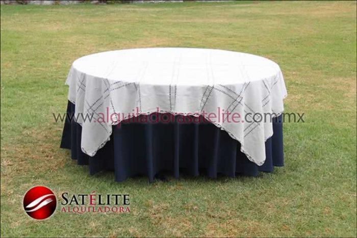 Mantel redondo azul marino deshilado beige