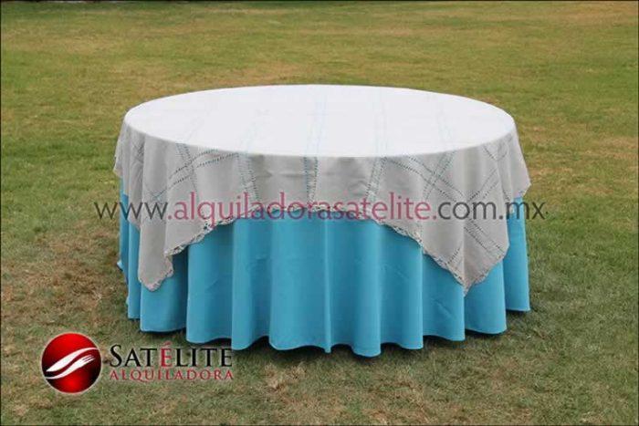 Mantel redondo azul turquesa deshilado beige