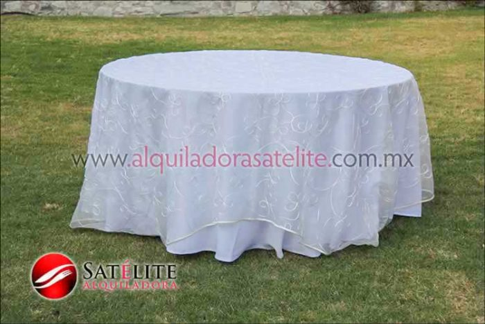 Mantel redondo blanco organza alistonado