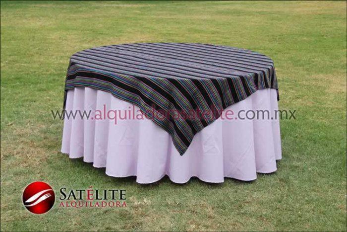 Mantel redondo lila cambaya
