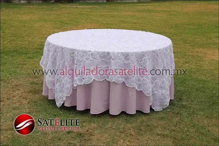 Mantel redondo lila organza blanco