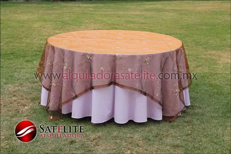 Mantel redondo lila organza shedrón