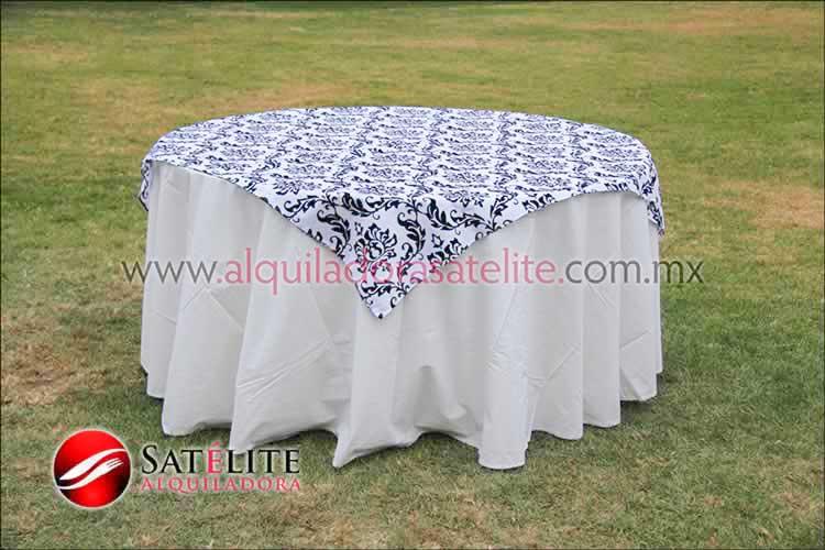 Mantel redondo manta estampado blanco y negro