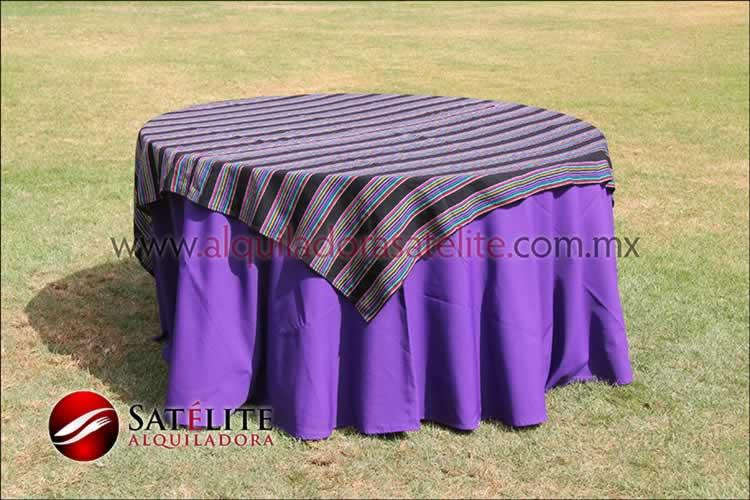 Mantel redondo morado cambaya