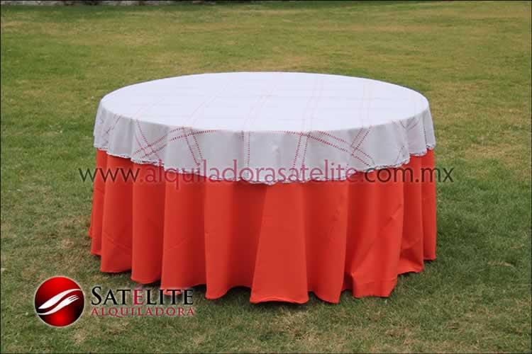 Mantel redondo naranja deshilado blanco