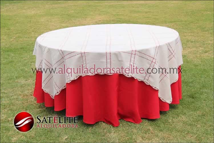 Mantel redondo rojo deshilado beige