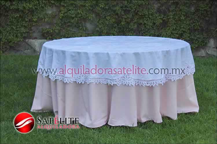 Mantel redondo rosa claro brujas 2