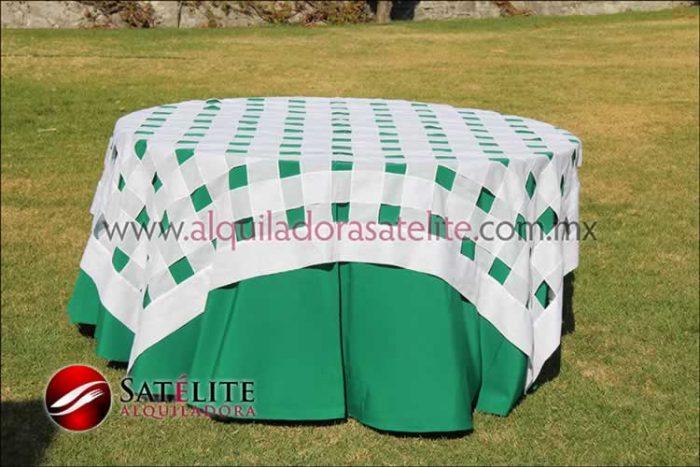 Mantel redondo verde bandera entrelazado blanco