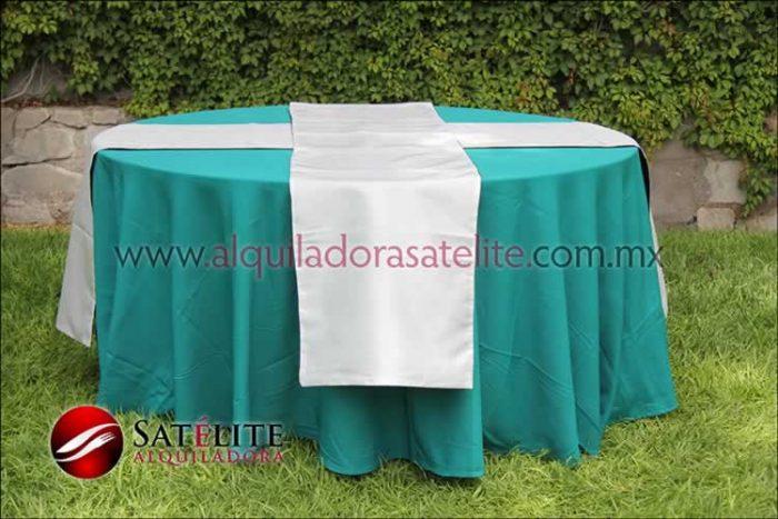 Mantel redondo verde jade camino blanco
