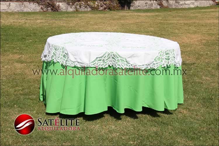 Mantel redondo verde limón brujas 1