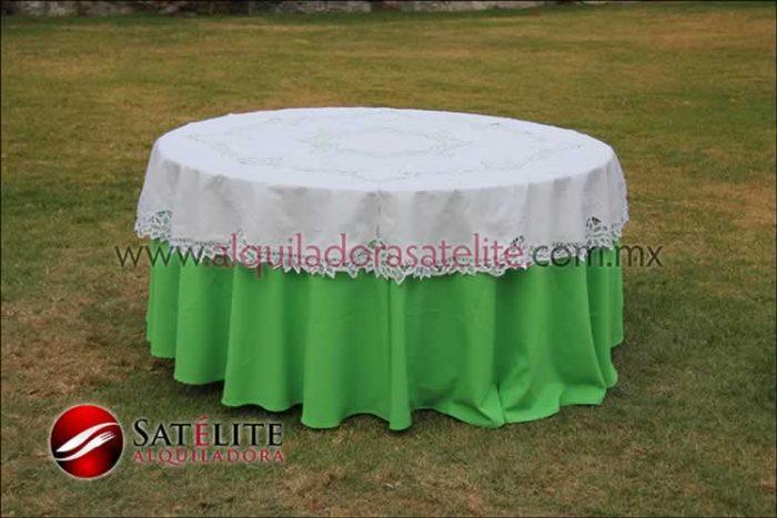 Mantel redondo verde limón brujas 2