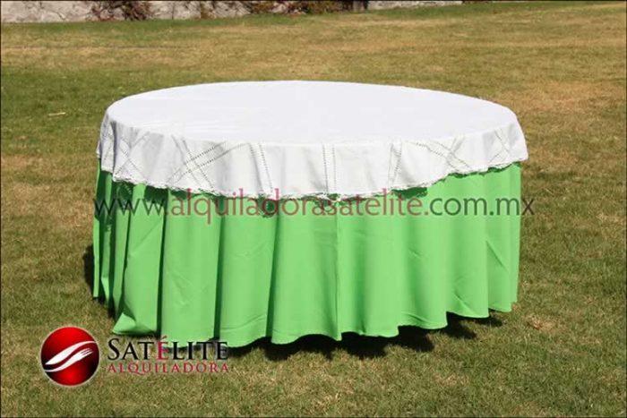 Mantel redondo verde limón deshilado blanco