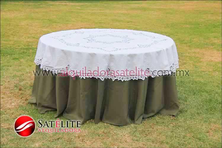 Mantel redondo verde olivo brujas 2