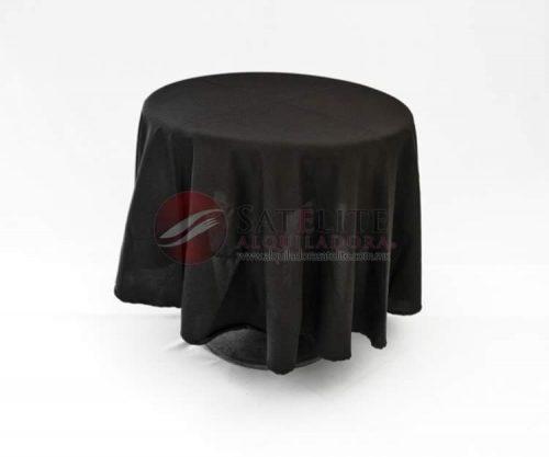 Mesa para bar con mantel