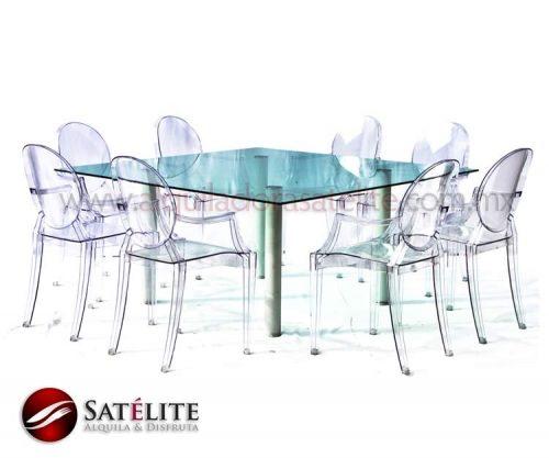 Mesa de cristal y sillas Ghost de policarbonato