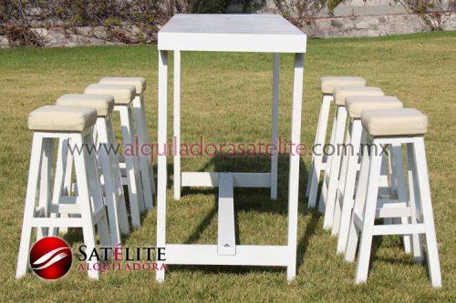 Mesa y banco periquero de madera